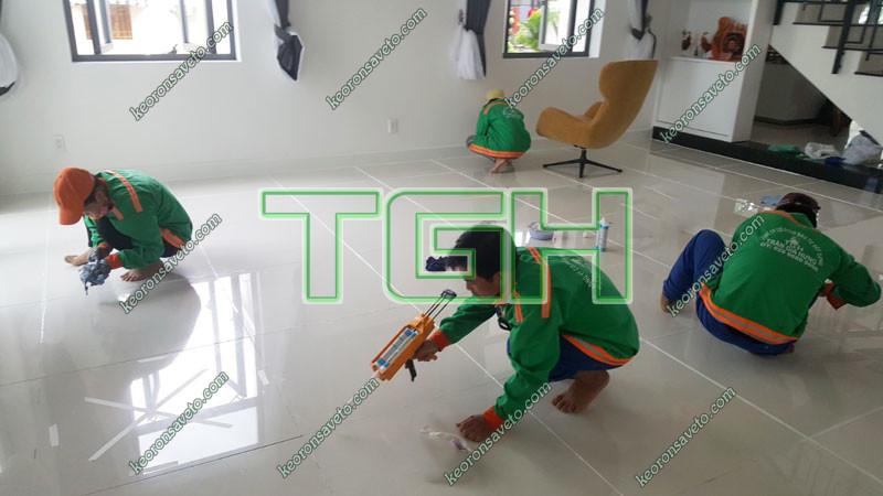 đào tạo thi công keo ron